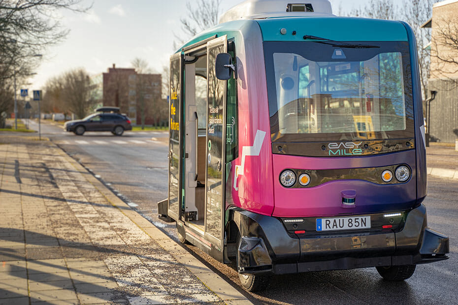 EasyMile's EZ10 autonomous shuttle on the road in Linköping, Sweden, equipped with Velodyne's lidar sensors | Photo Credit: Mathieu Petit and EasyMile