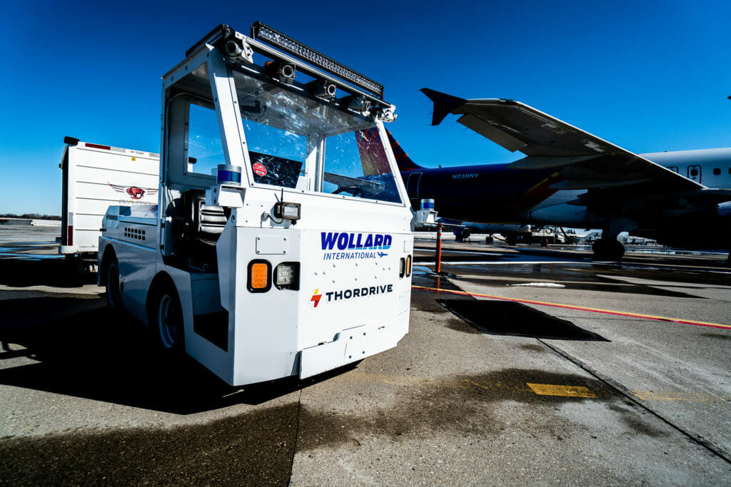 By utilizing ThorDrive's vehicles, equipped with Velodyne Lidar's Ultra Puck™ sensors, airlines are able to autonomously transport baggage and cargo to and from planes and throughout facilities at any time, day or night.